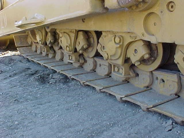 Detail photo of 1989 Caterpillar D8N from Construction Equipment Guide