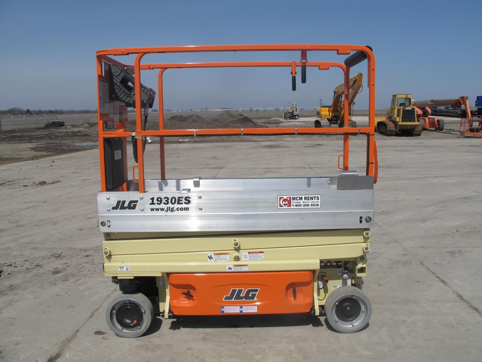 Detail photo of 2013 JLG 1930ES from Construction Equipment Guide