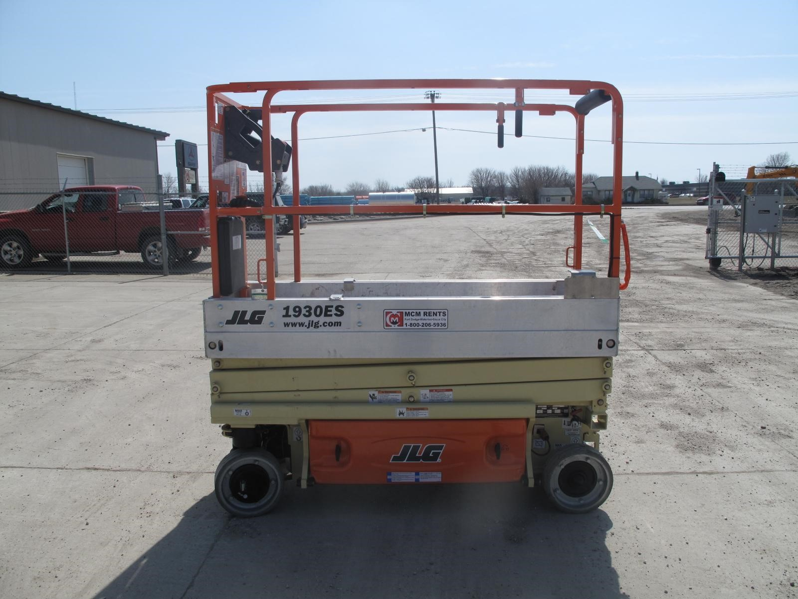 Detail photo of 2012 JLG 1930ES from Construction Equipment Guide