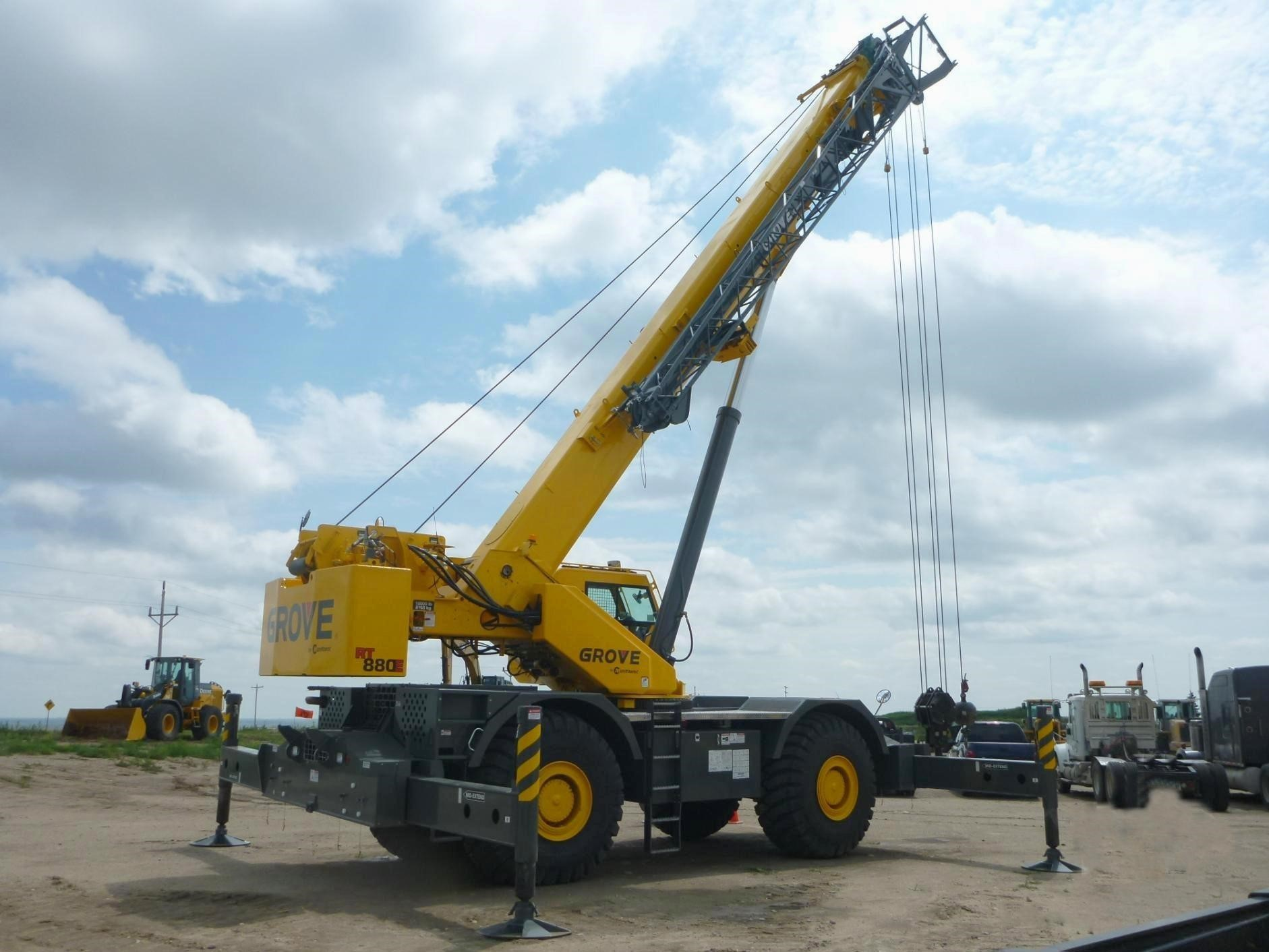 Detail photo of 2012 Grove RT880E from Construction Equipment Guide