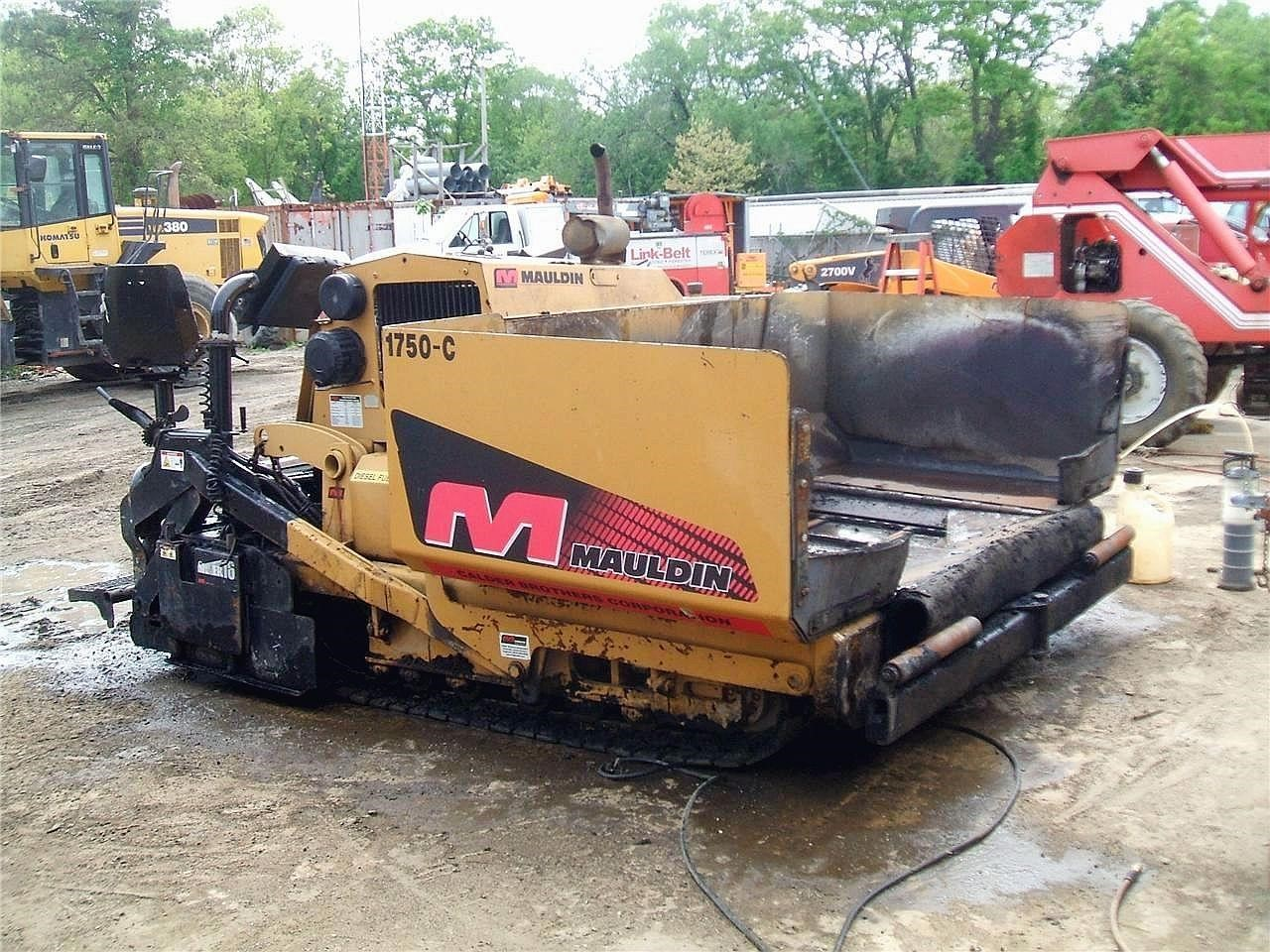 Detail photo of 2003 Mauldin 1750 from Construction Equipment Guide