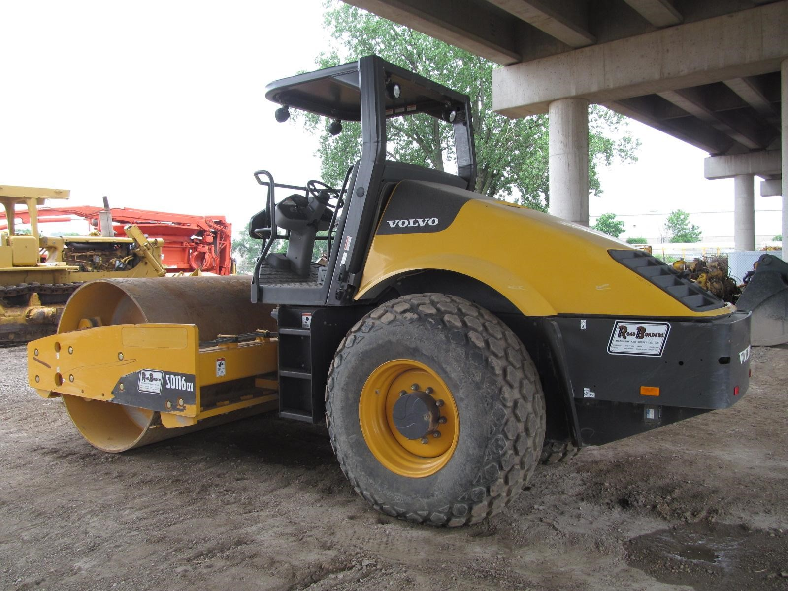 Detail photo of 2011 Volvo SD116DX from Construction Equipment Guide