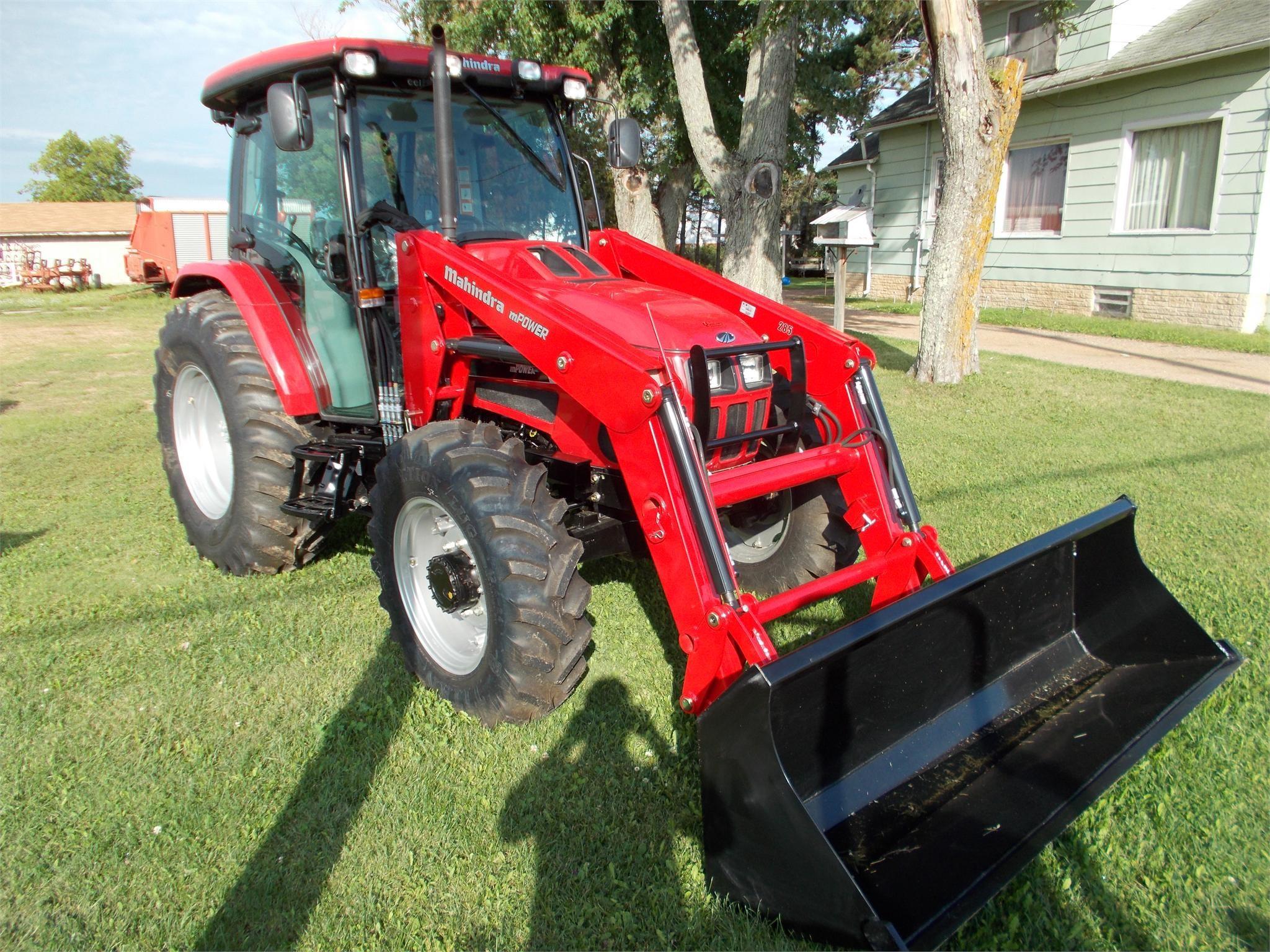 MAHINDRA 8560 40-99 HP Tractor
