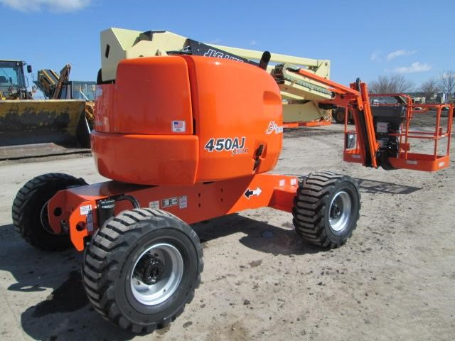 Detail photo of 2013 JLG 450 AJ from Construction Equipment Guide