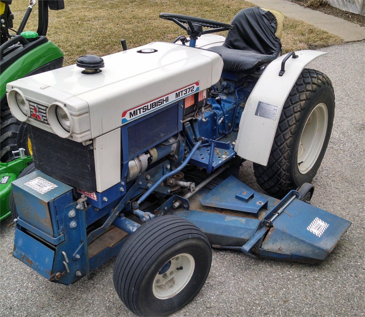 Mitsubishi Tractor Mower Deck : Mitsubishi mt tractors less than hp for auction at