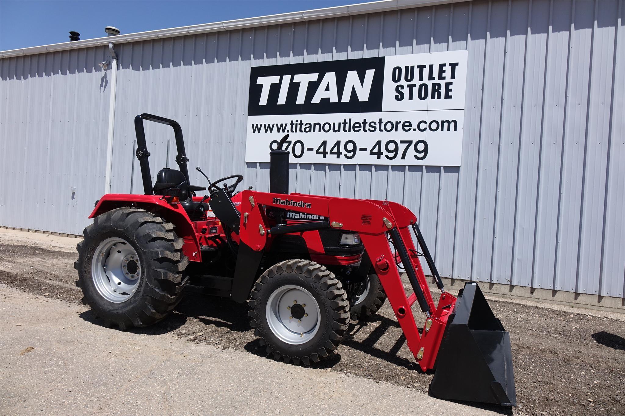 2014 MAHINDRA 4035 40-99 HP Tractor