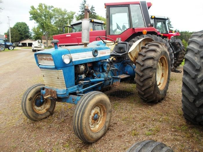 Ford 4000 Tractor Fenders : Wisconsin ag connection ford hp tractors for sale