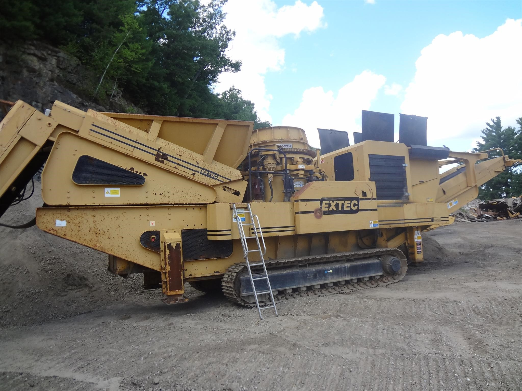 Detail photo of 2007 Extec  X44 SBS from Construction Equipment Guide