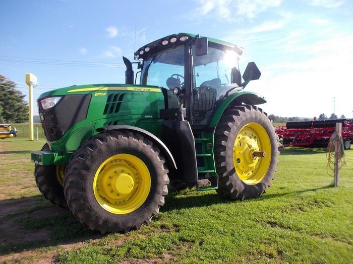 JOHN DEERE 6170R 100-174 HP Tractor