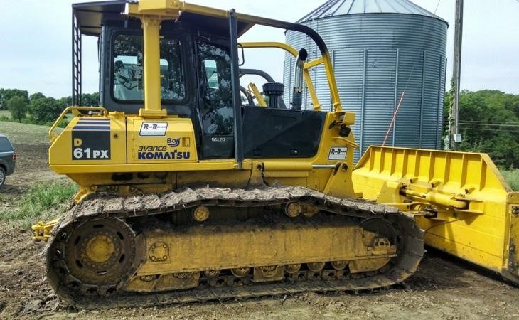 Detail photo of 2006 Komatsu D61PX-15 from Construction Equipment Guide