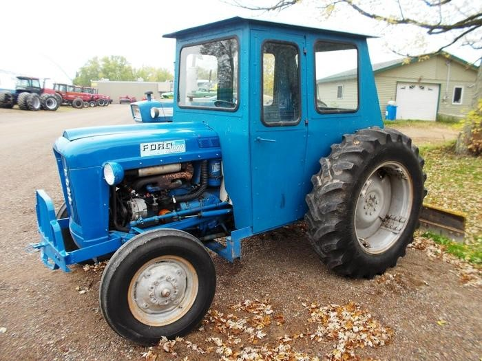 1963 Ford Tractor Model 2000 : Ford  hp tractor for sale on tractorsearch