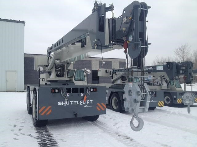 Detail photo of 2017 Shuttlelift CD7725 from Construction Equipment Guide