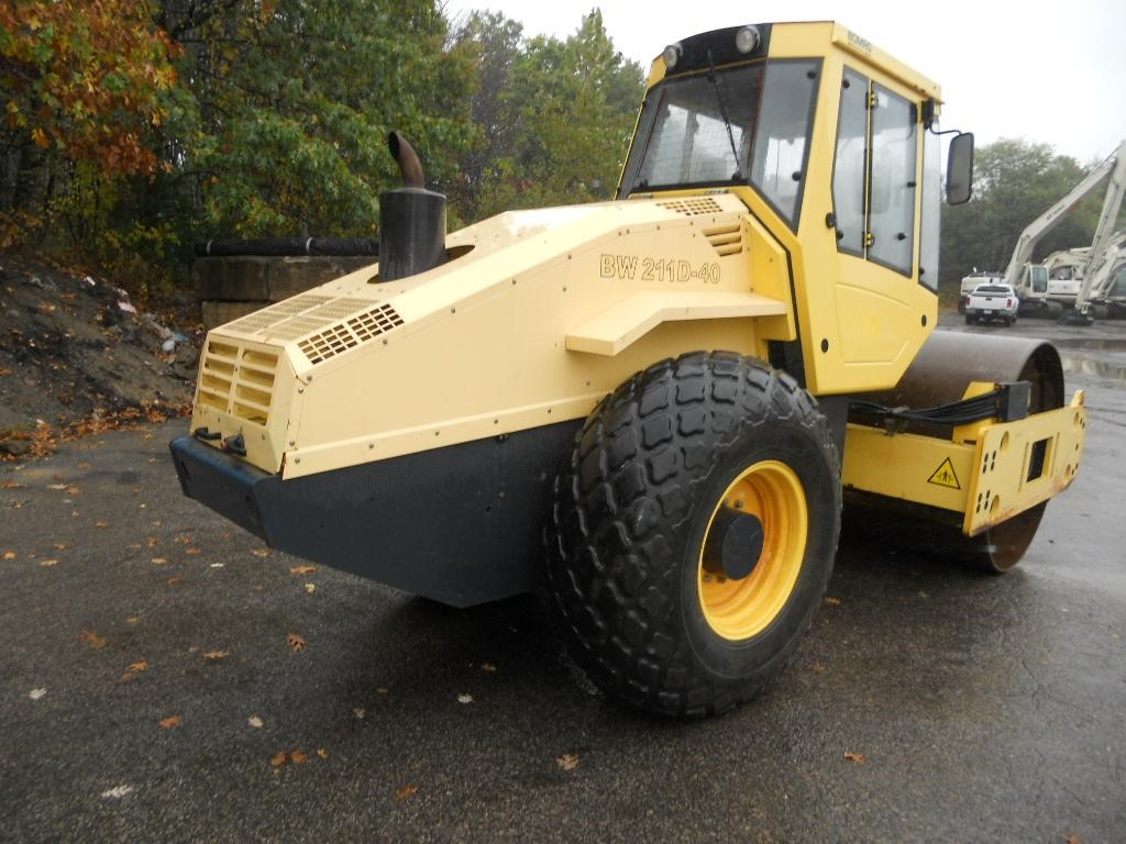 Detail photo of 2007 Bomag BW 211 D from Construction Equipment Guide