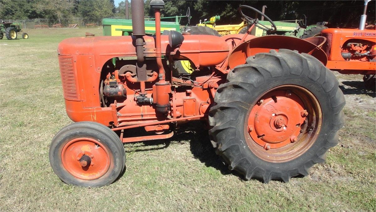 1947 Case Tractor : J i case s tractors less than hp for auction at
