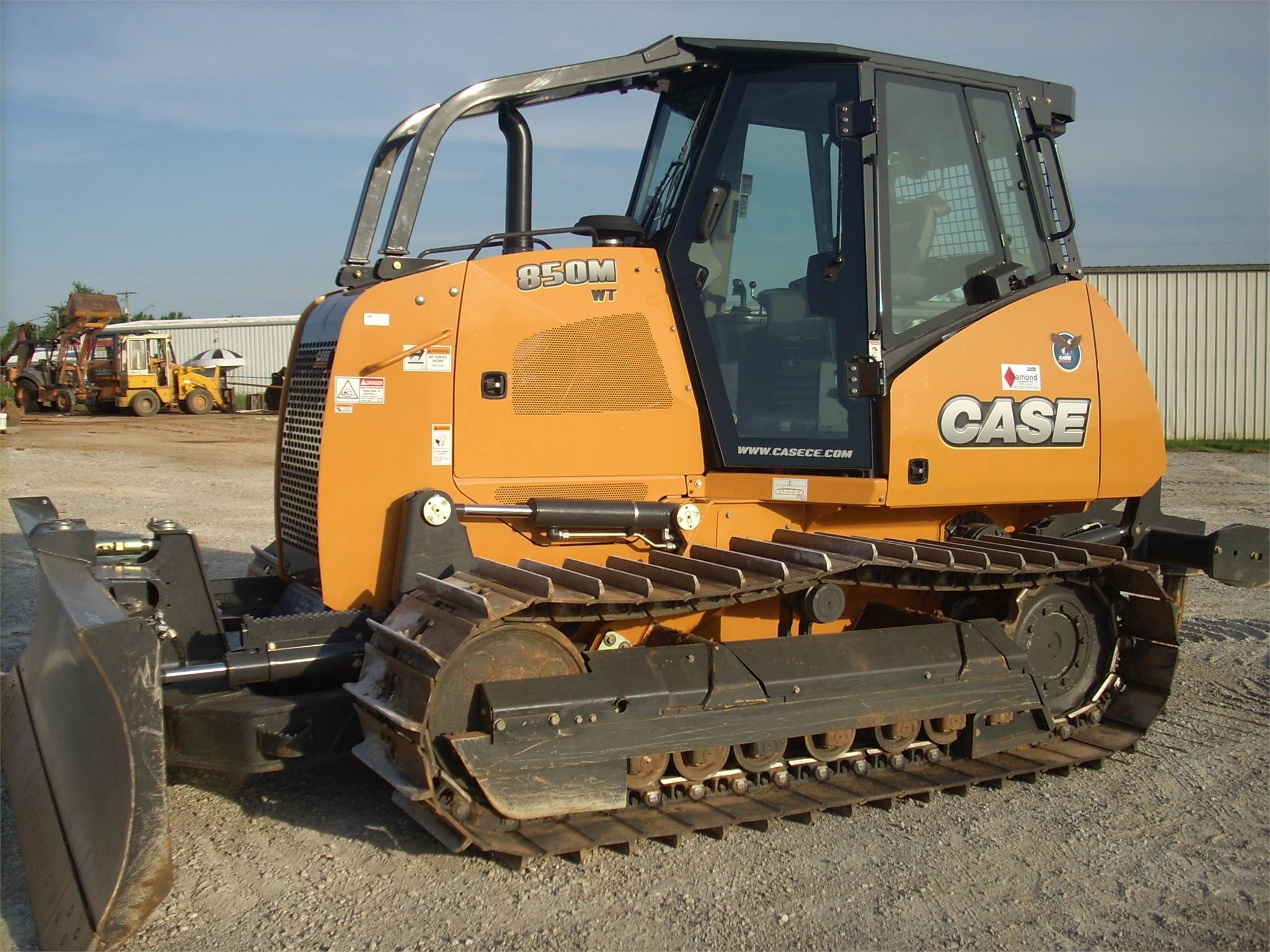Detail photo of 2015 Case 850M from Construction Equipment Guide