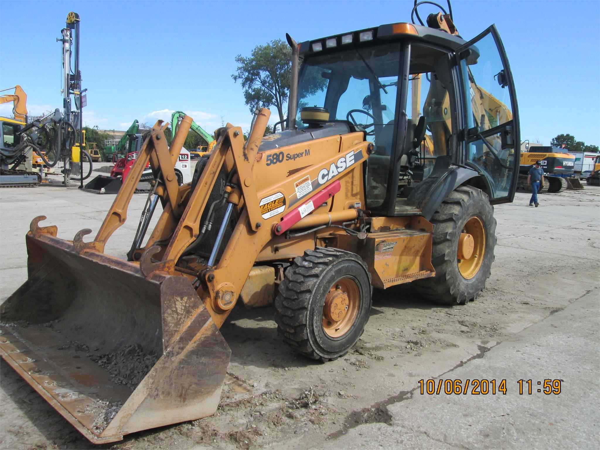 Detail photo of 2001 Case 580 SM from Construction Equipment Guide