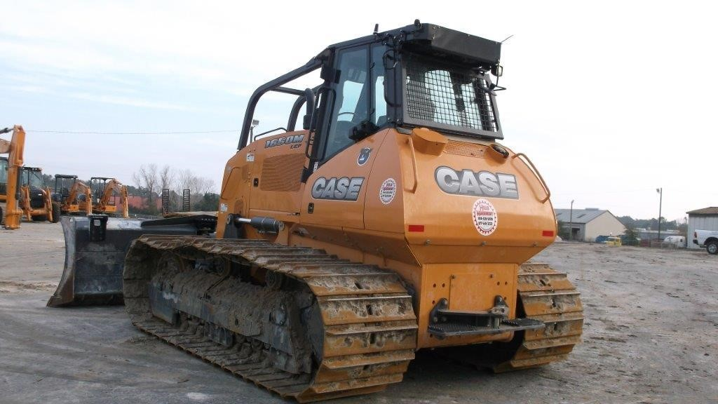 Detail photo of 2014 Case 1650M from Construction Equipment Guide