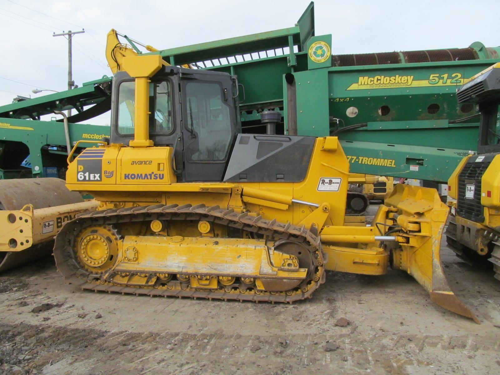 Detail photo of 2006 Komatsu D61EX-15 from Construction Equipment Guide