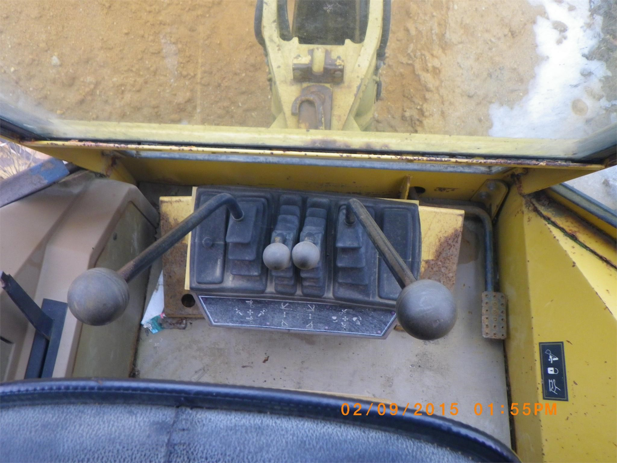 Detail photo of 1987 Caterpillar 416 from Construction Equipment Guide