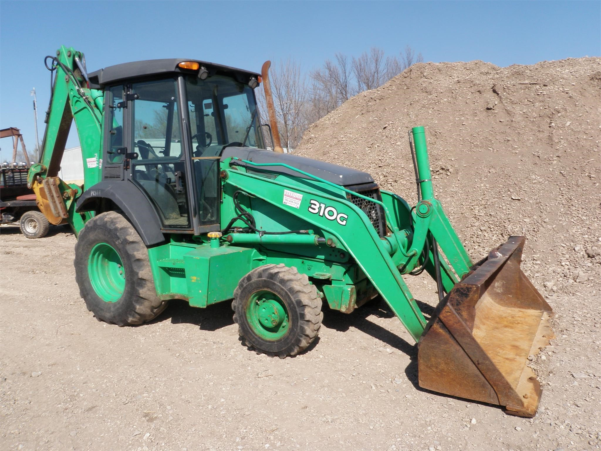 Detail photo of 2006 John Deere 310G from Construction Equipment Guide