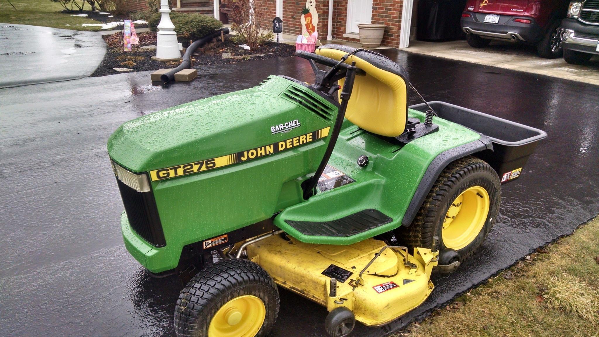 wisconsin ag connection john deere gt275 riding lawn mowers for sale. Black Bedroom Furniture Sets. Home Design Ideas
