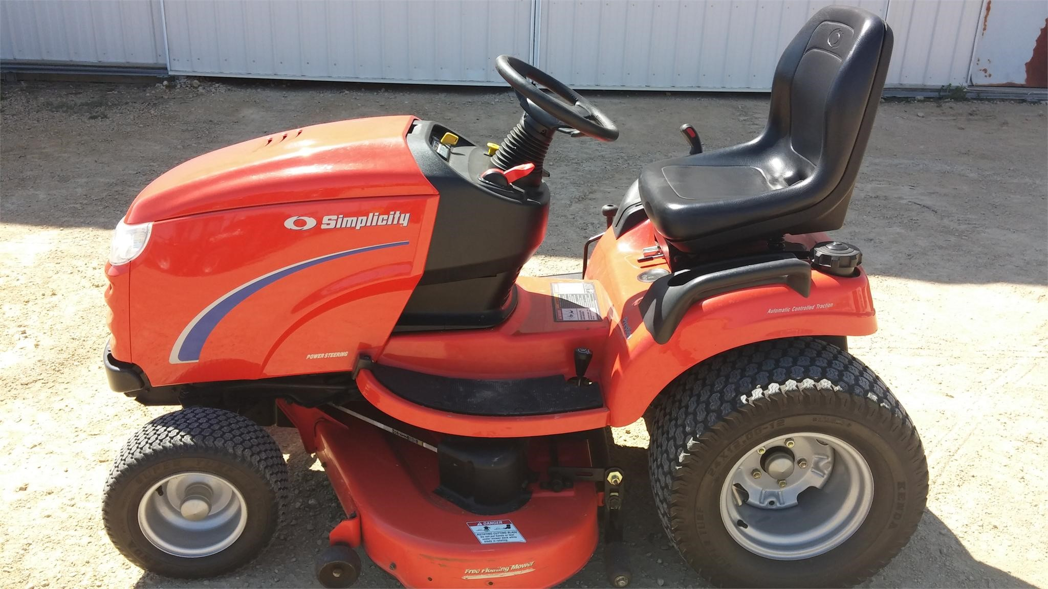 wisconsin ag connection simplicity prestige riding lawn mowers for sale. Black Bedroom Furniture Sets. Home Design Ideas