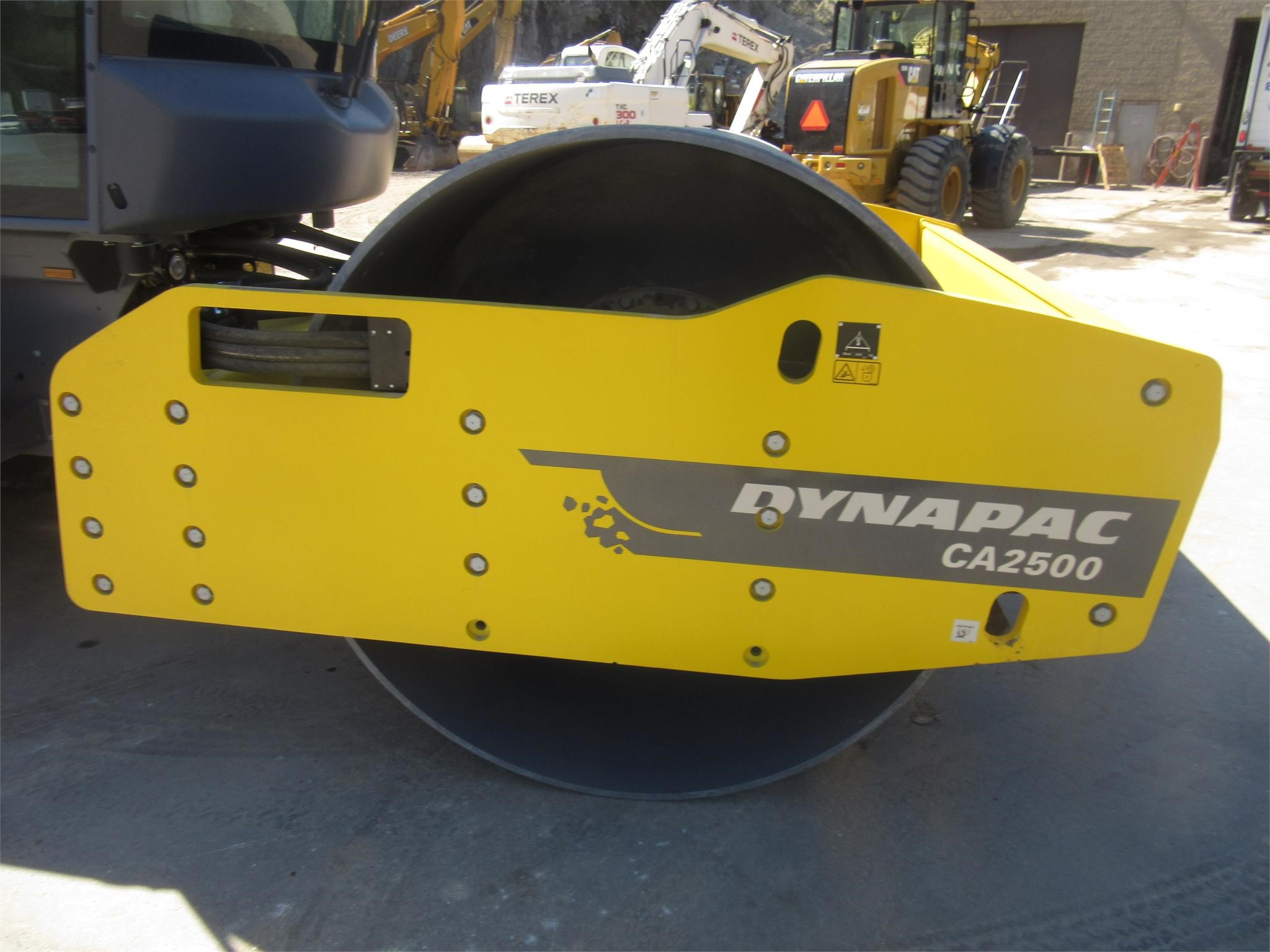 Detail photo of 2014 Dynapac CA250D from Construction Equipment Guide