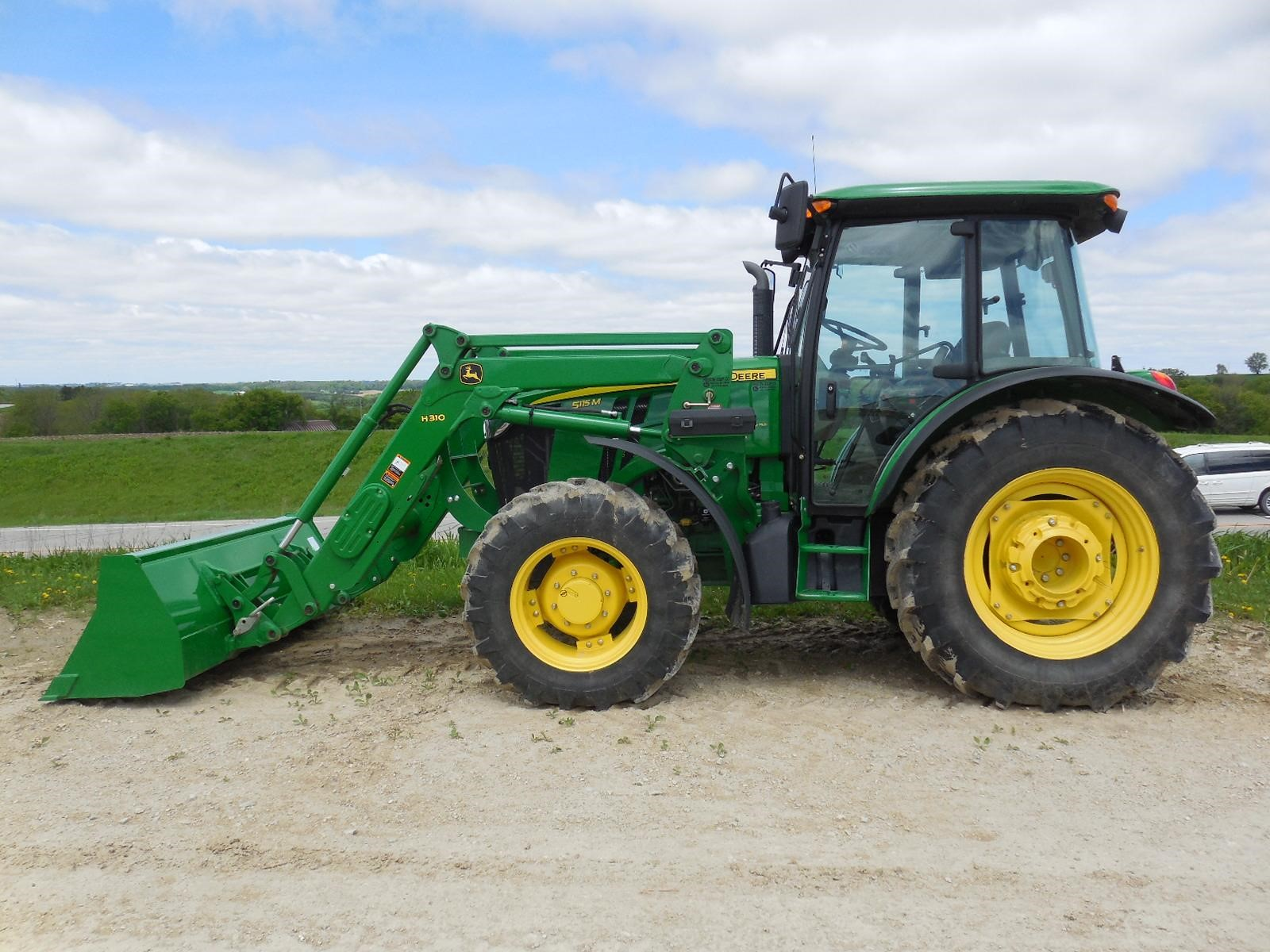 "Find John Deere 8300 1996-1999 operator""s manuals"