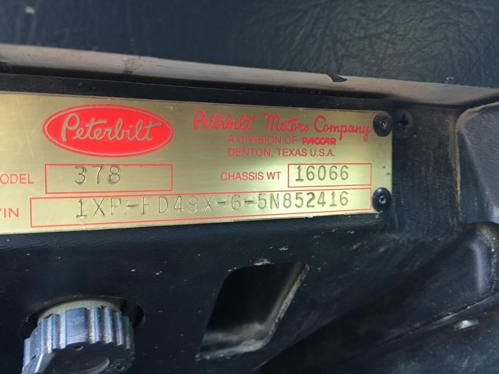 Detail photo of 2005 Peterbilt 378 from Construction Equipment Guide