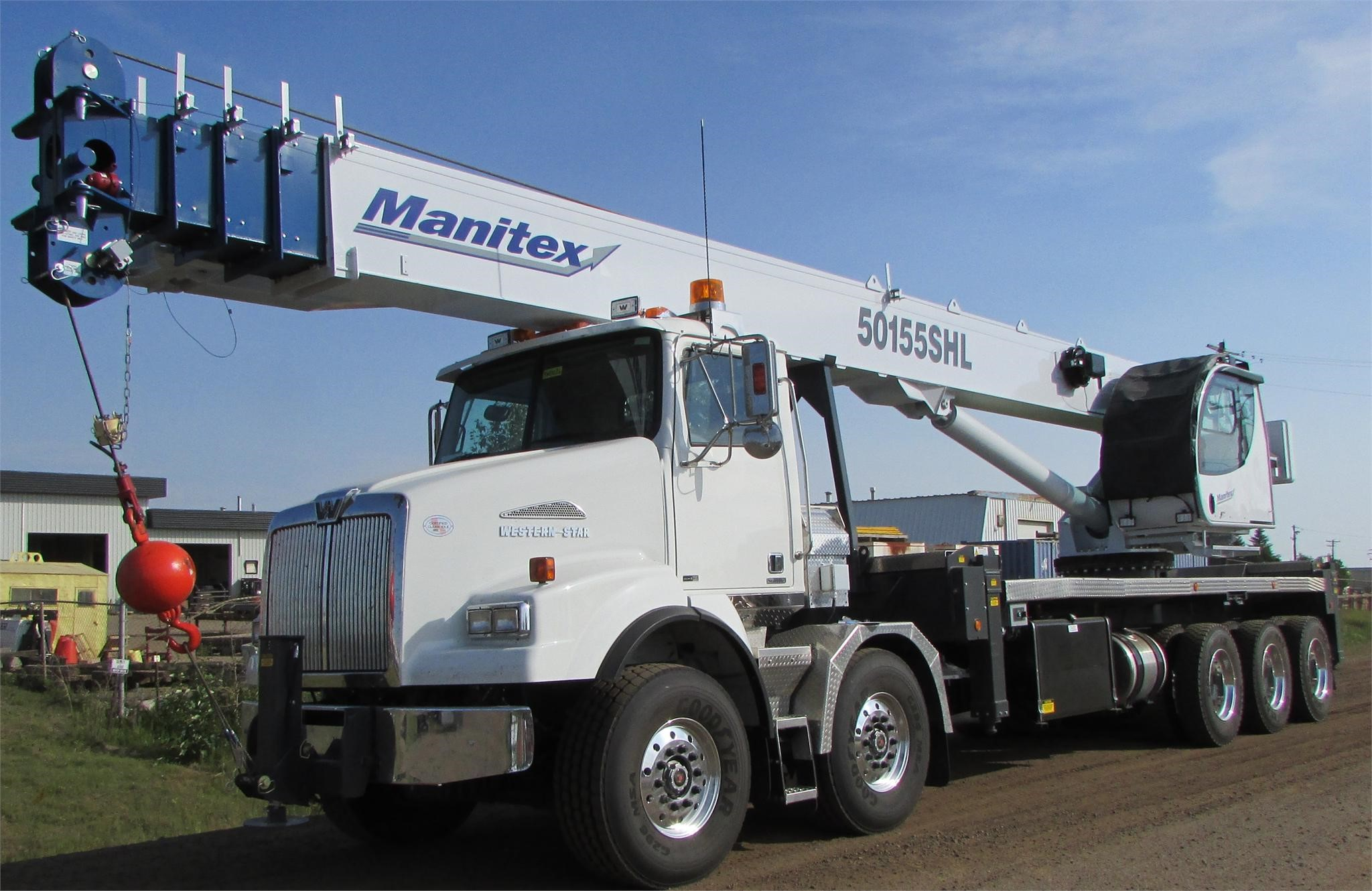 Detail photo of 2017 Manitex 50155SHL from Construction Equipment Guide