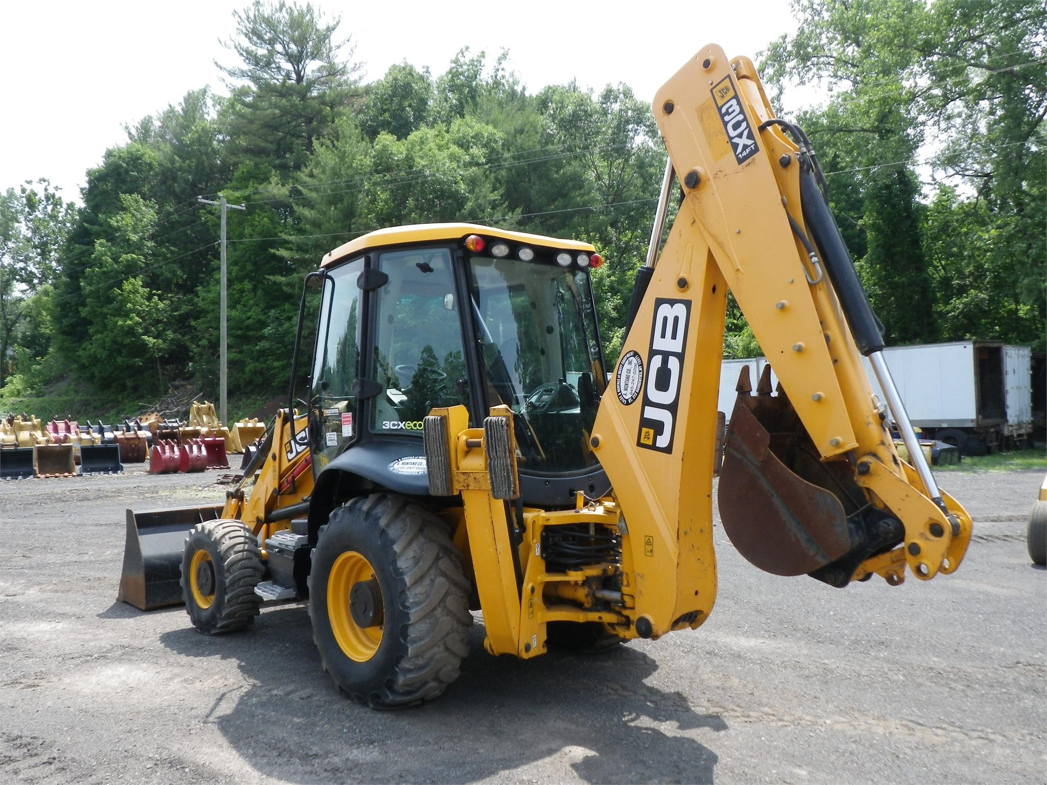 Detail photo of 2012 JCB 3CX 14 from Construction Equipment Guide