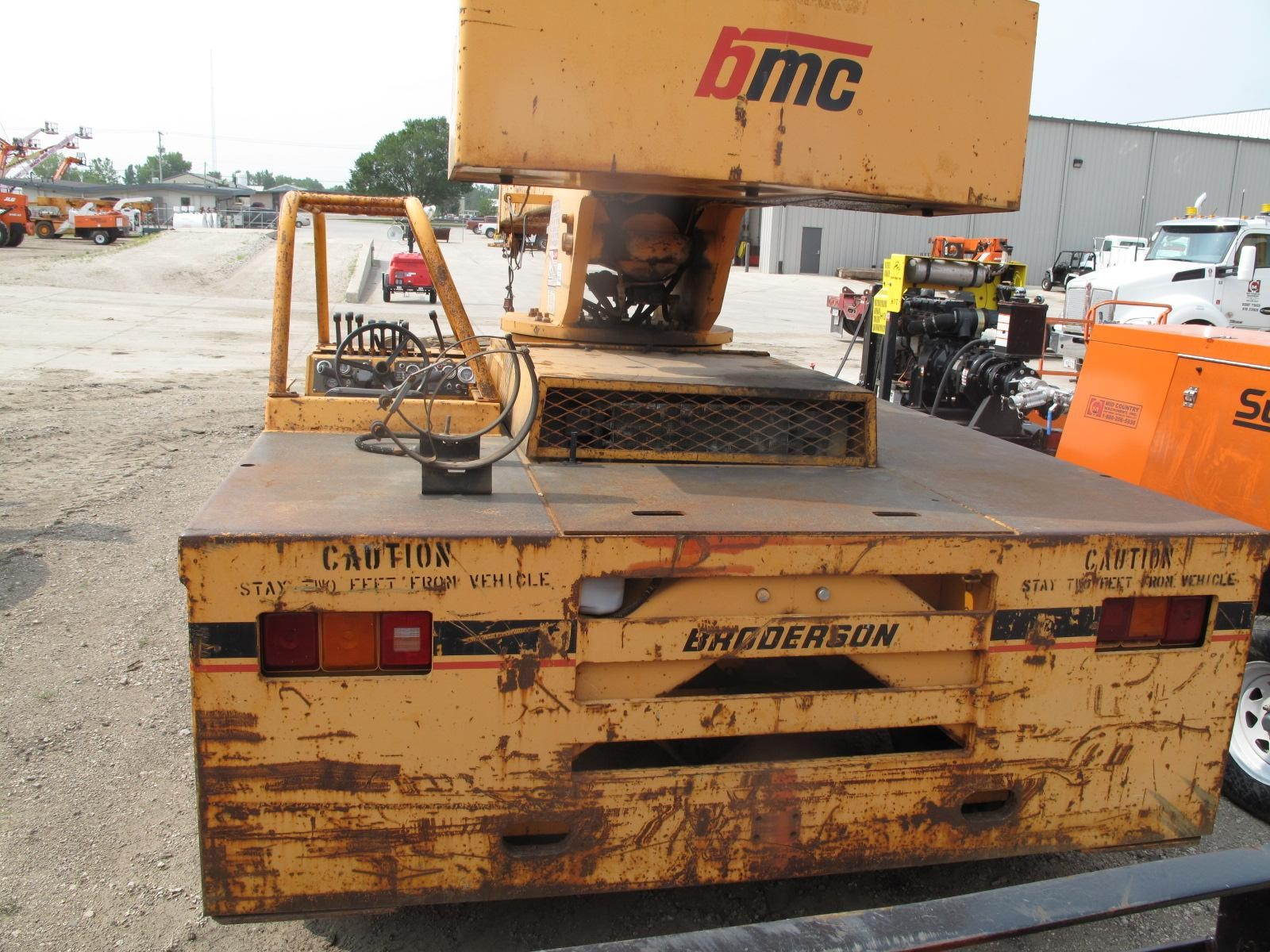 Detail photo of  Broderson IC-200-2C from Construction Equipment Guide
