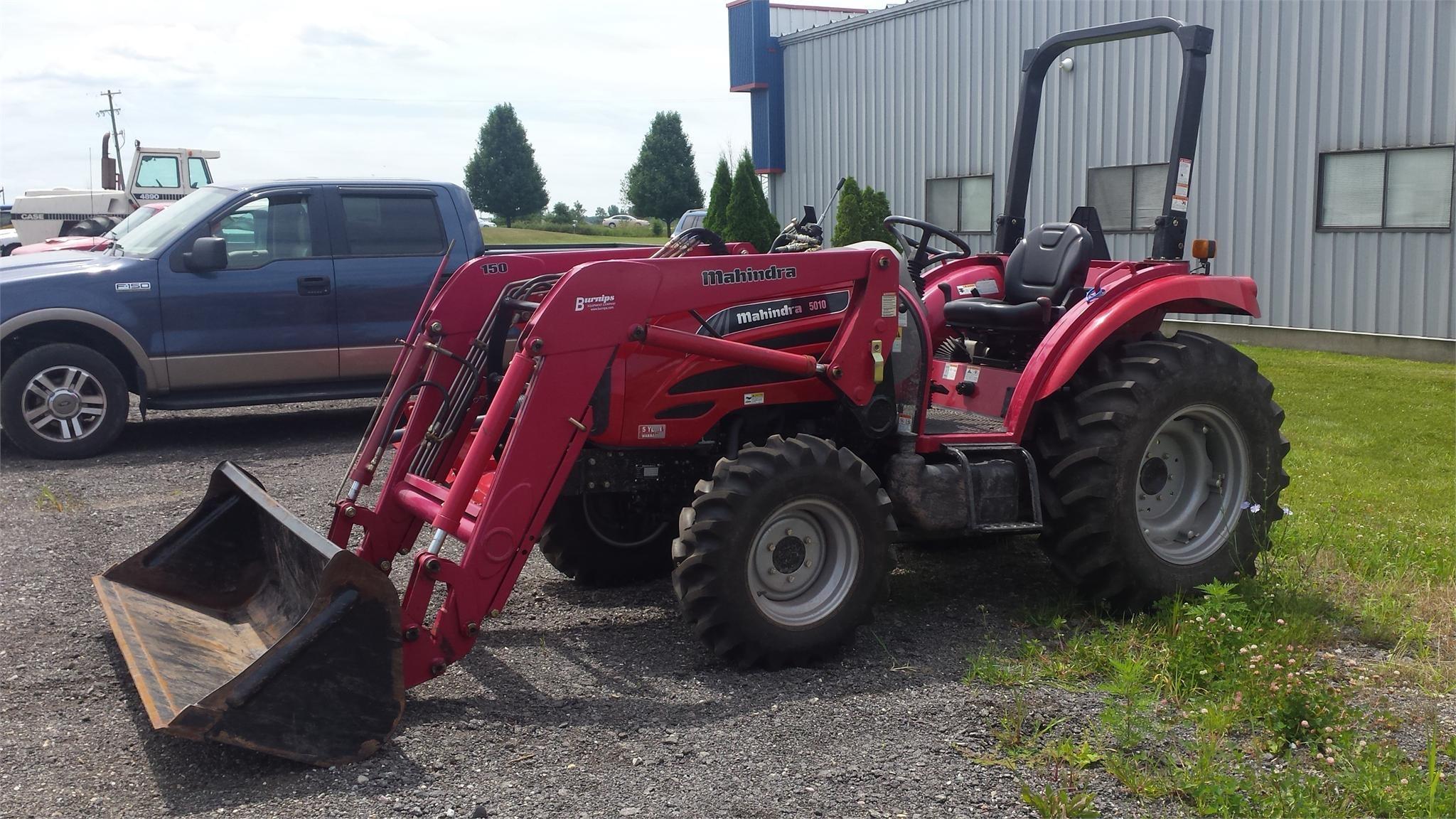 MAHINDRA 5010 40-99 HP Tractor