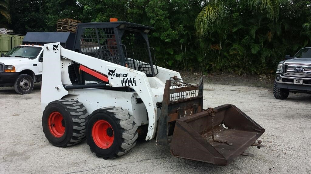 1995 Bobcat 853 Skid Steers Wheel For Auction At