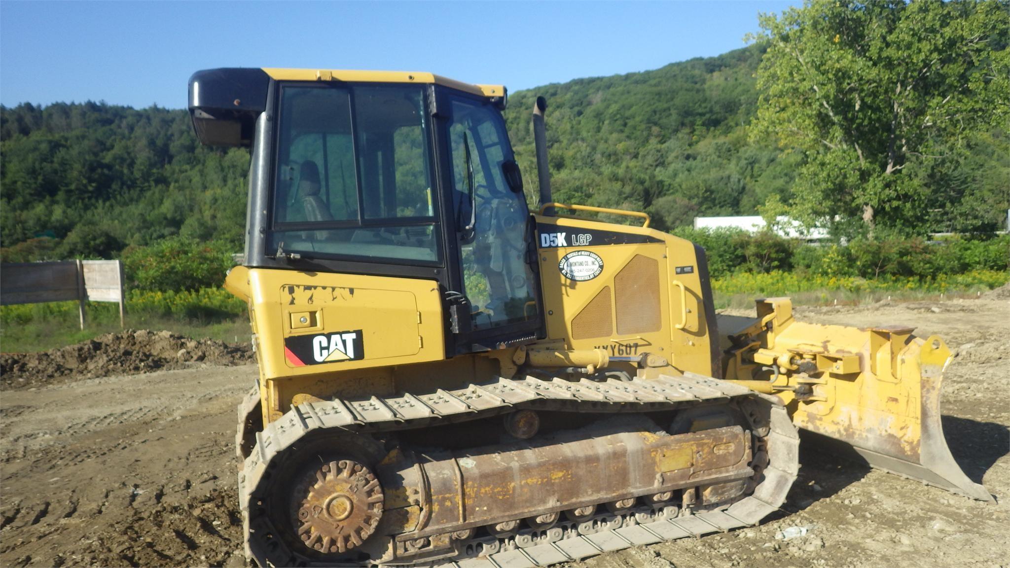 Detail photo of 2008 Caterpillar D5K LGP from Construction Equipment Guide