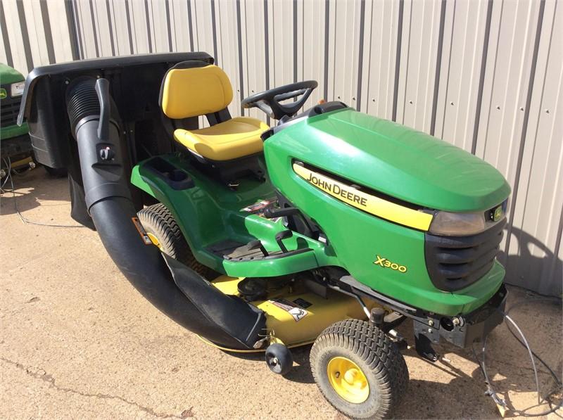 John Deere X300 Lawn Tractor : John deere riding lawn mower for sale on