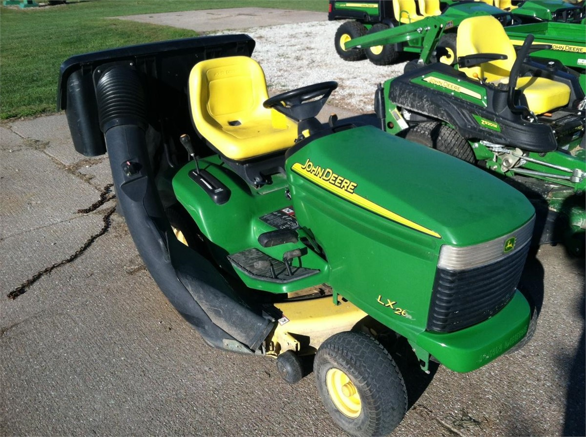 2002 John Deere Lx266 Other Equipment Riding Lawn Mowers