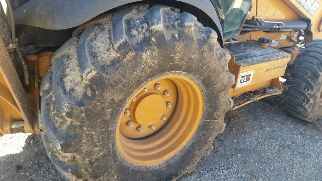 Detail photo of 2013 Case 590 SN from Construction Equipment Guide