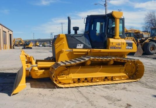 Detail photo of 2005 Komatsu D61PX-15 from Construction Equipment Guide
