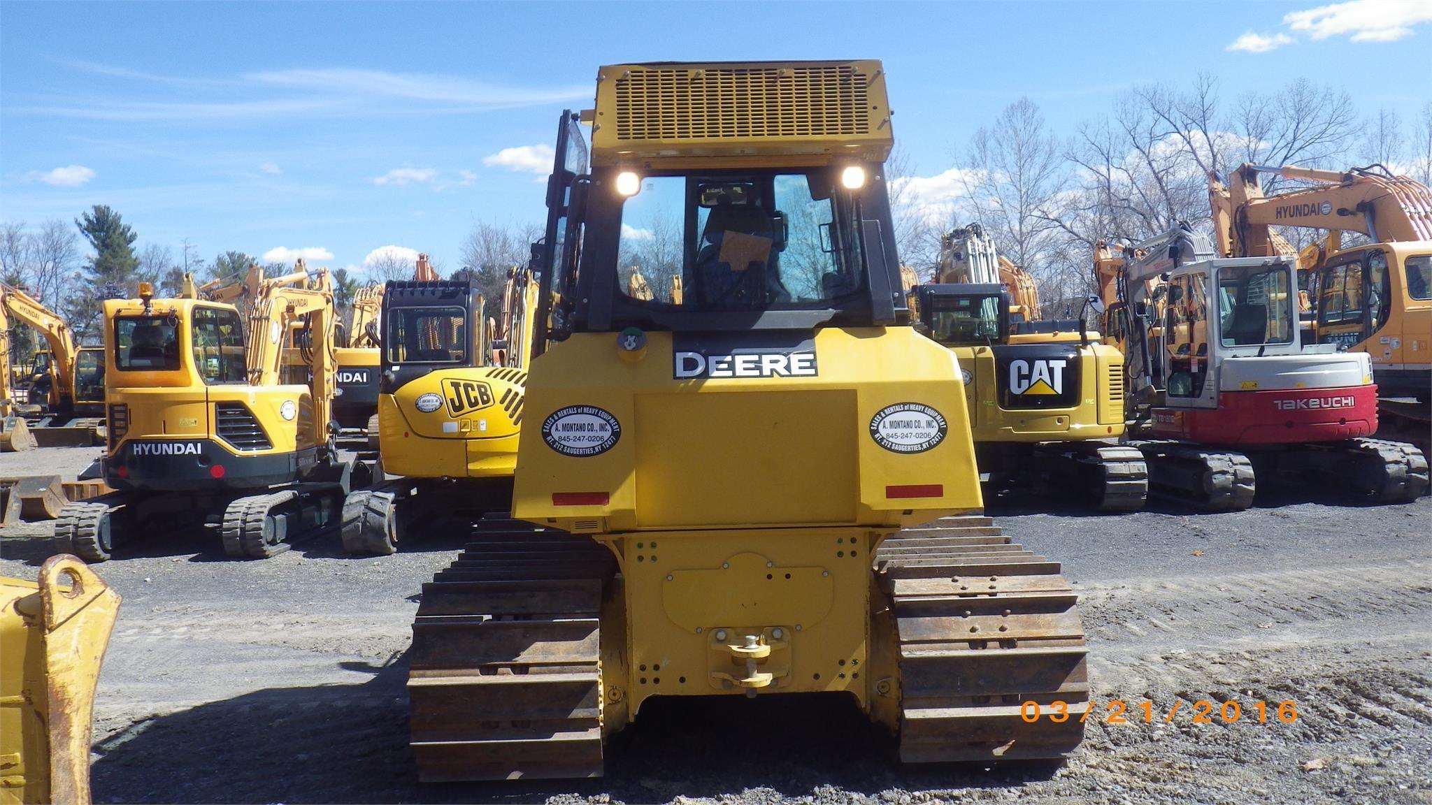 Detail photo of 2015 John Deere 700K LGP from Construction Equipment Guide