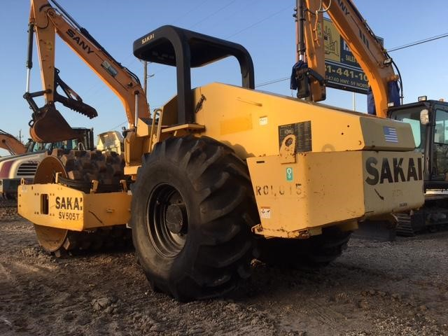 Detail photo of 2008 Sakai SV505T from Construction Equipment Guide