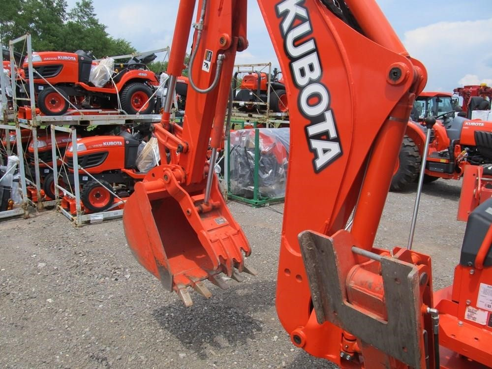 Detail photo of  Kubota M59 from Construction Equipment Guide