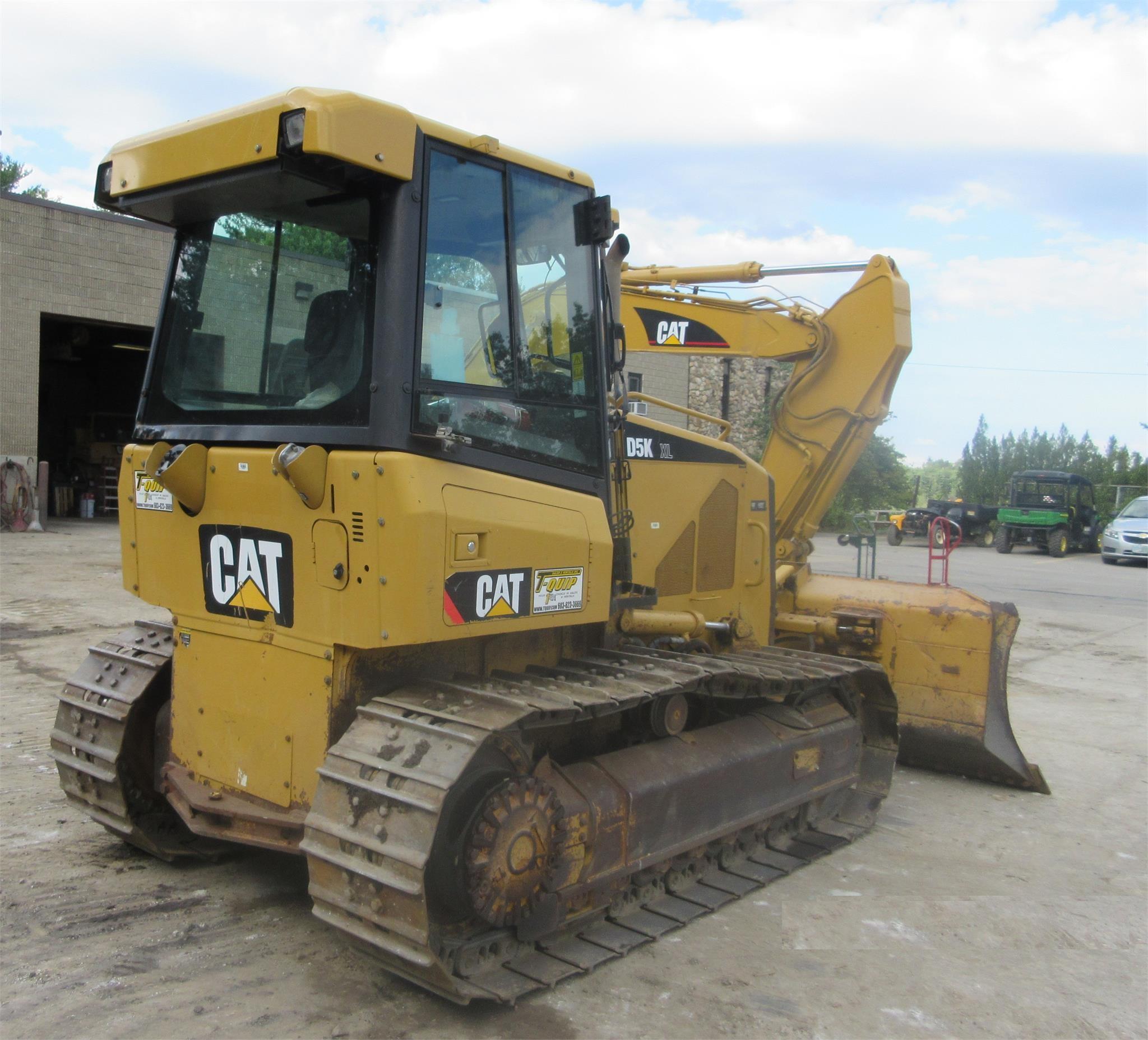 Detail photo of 2008 Caterpillar D5K XL from Construction Equipment Guide