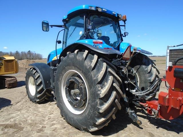 Detail photo of 2009 New Holland T7030 from Construction Equipment Guide