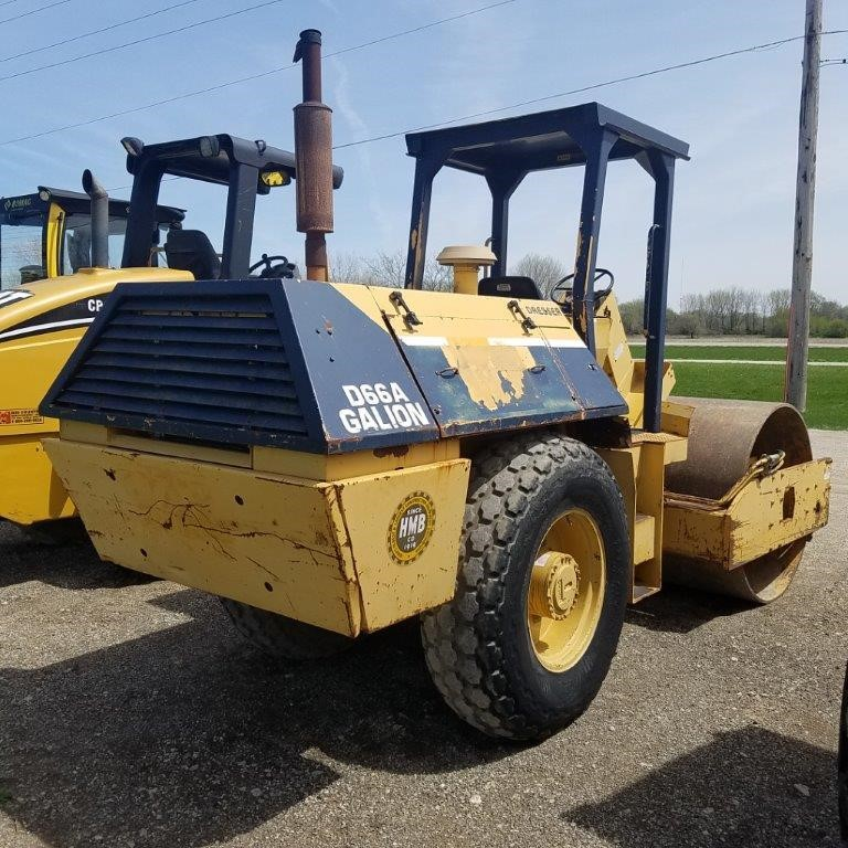 Detail photo of  Dresser D66A from Construction Equipment Guide