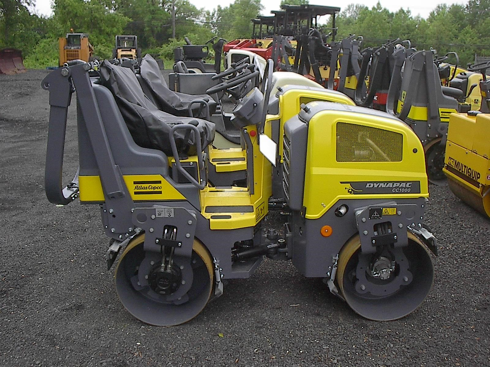 Detail photo of 2016 Dynapac CC1000 from Construction Equipment Guide