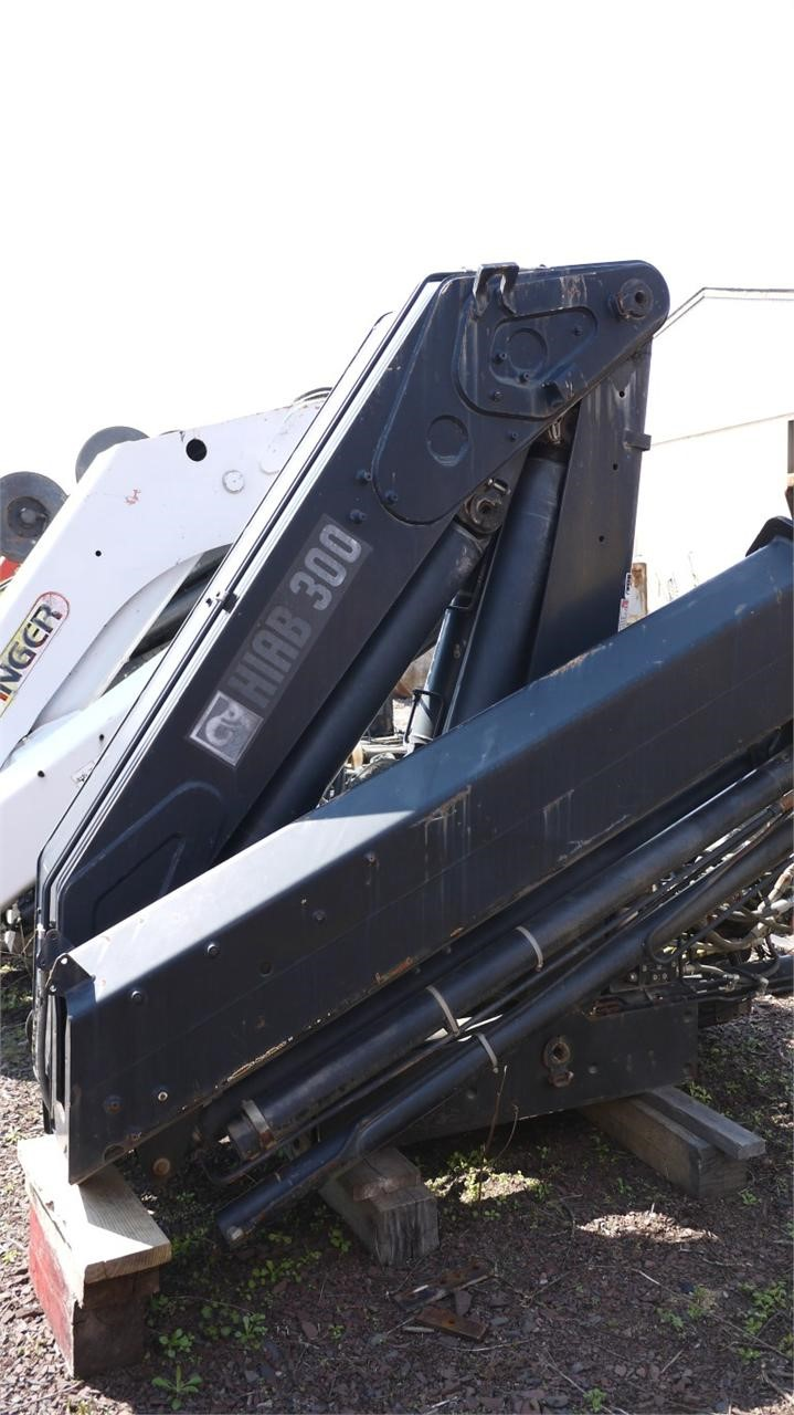 Detail photo of 2004 Hiab 300-3  from Construction Equipment Guide