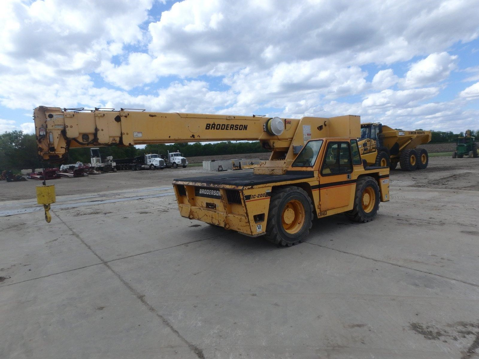 Detail photo of 2008 Broderson IC-200-3F from Construction Equipment Guide