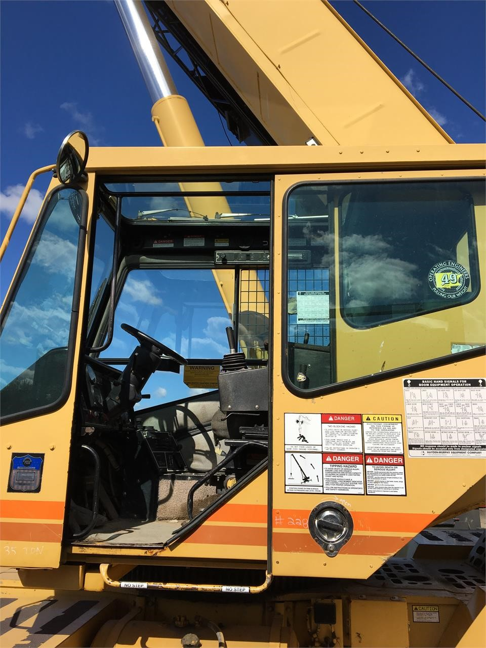 Detail photo of 1997 Grove RT635C from Construction Equipment Guide