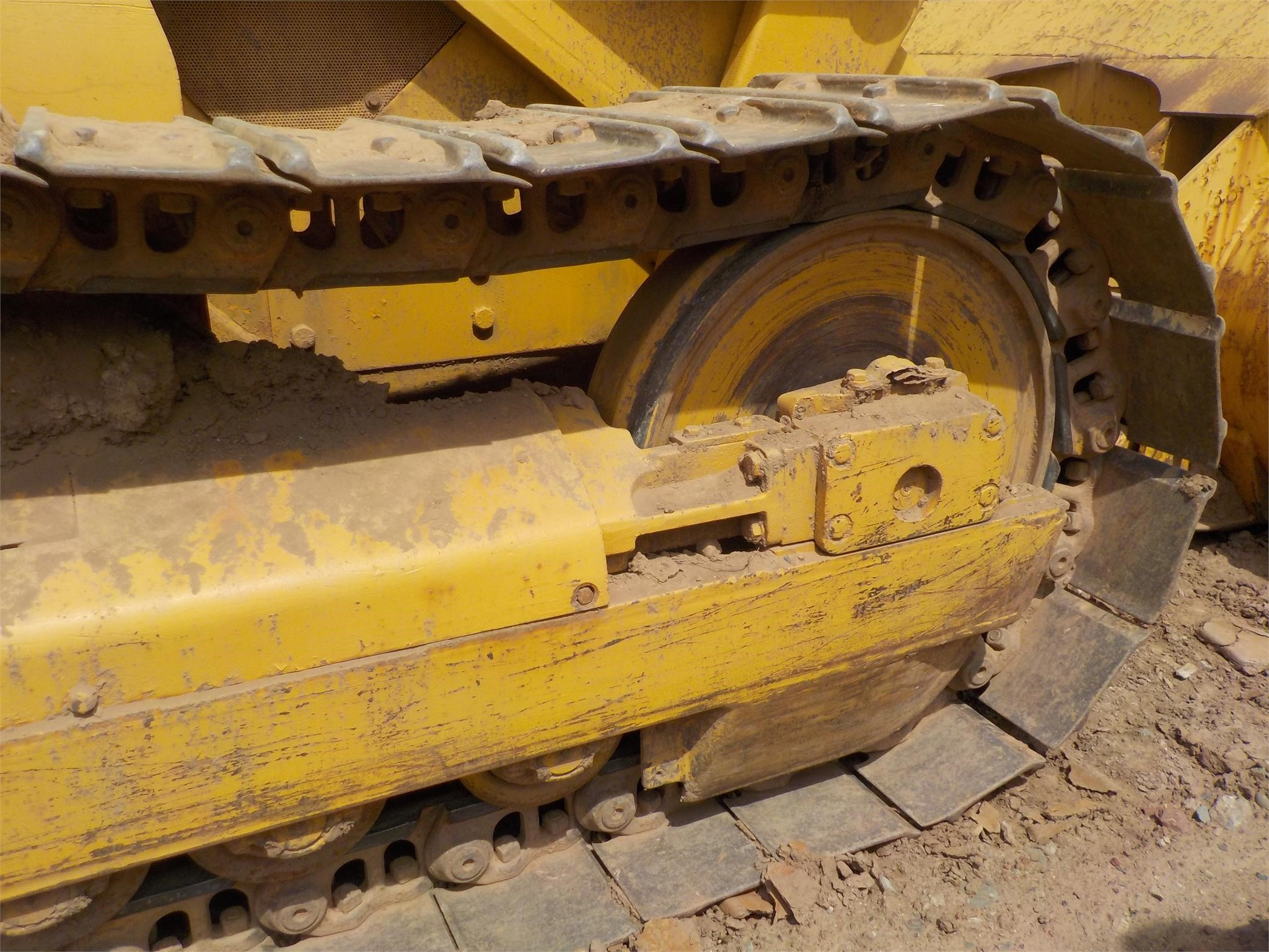 Detail photo of  John Deere 755B from Construction Equipment Guide